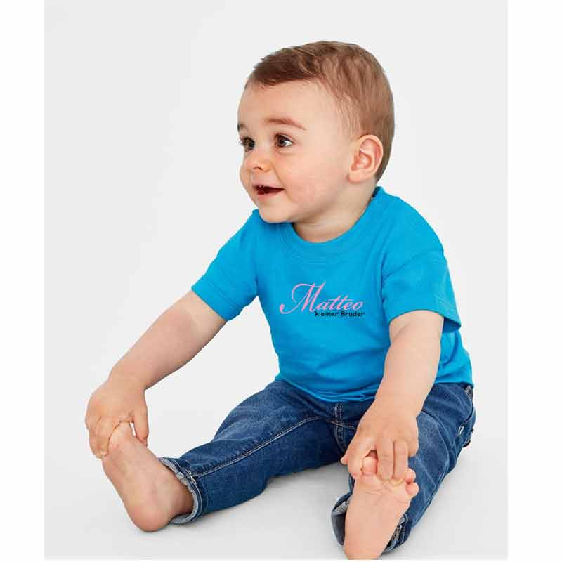 Kleiner Bruder mit Name Kinder T-Shirt